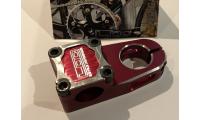 """Potence Bmx LDC Expert 45mm Top Loader 1"""" Rouge  -50%"""